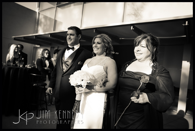 orange-county-museum-of-art-wedding-jim-kennedy-photographers-nicole-michael_0022