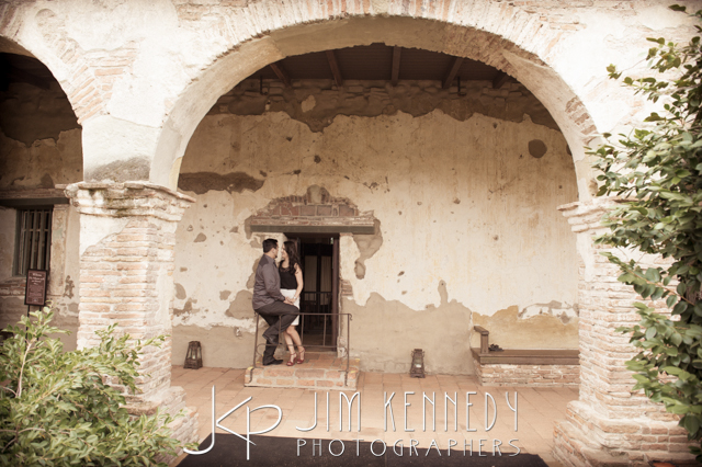 jim-kennedy-photographers-san-juan-capistrano-mission-photos-stephanie-joe_-6