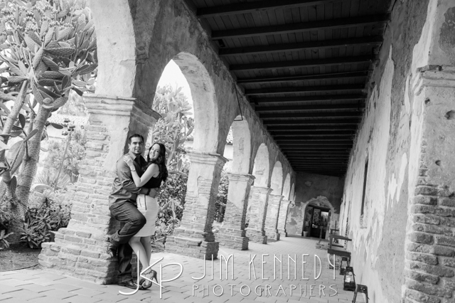 jim-kennedy-photographers-san-juan-capistrano-mission-photos-stephanie-joe_-8