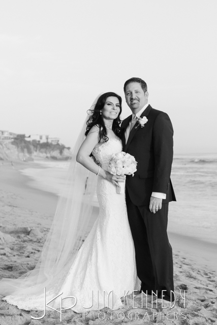 jim-kennedy-photographers-surf-and-sand-wedding-sara-nadar_-64