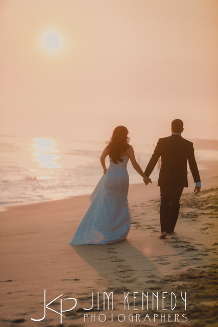 jim-kennedy-photographers-surf-and-sand-wedding-sara-nadar_-70